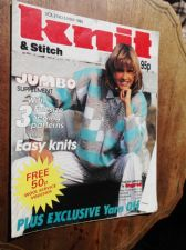 VINTAGE KNITTING PATTERN MAGAZINE KNIT & STITCH 1986 EASY KNITS COTTON FASHIONS